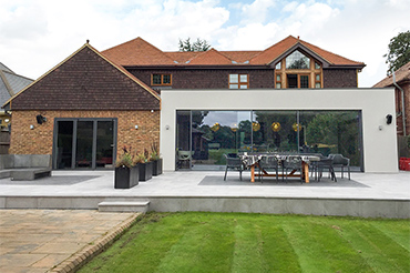 Cero III triple-glazed slim-profile plus Solarlux SL60 Bifold