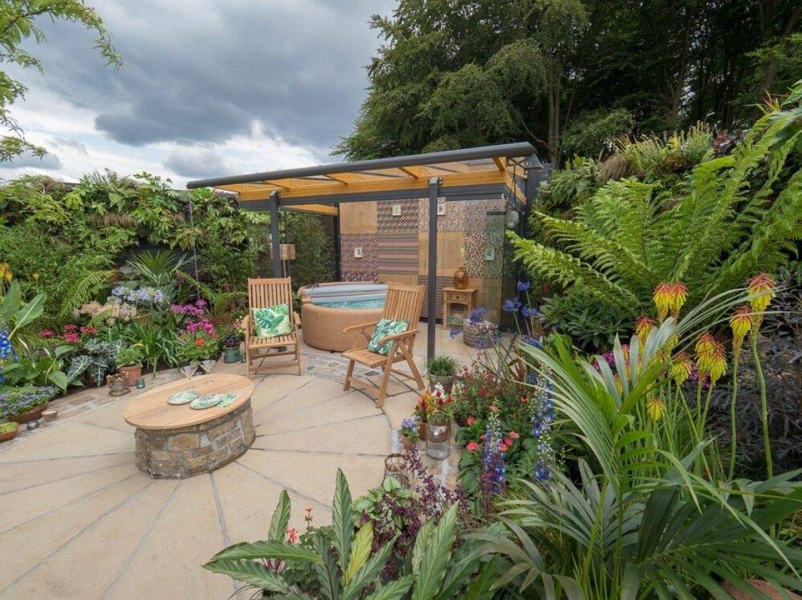 Solarlux Atrium garden room in Pip Probert's garden at RHS Tatton 2018