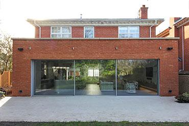 Cero Slim-Profile Doors in an extension