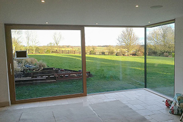 HS330 Sliding Door with Bonded Glass Corner